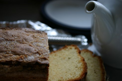 Rosemary loaf cake