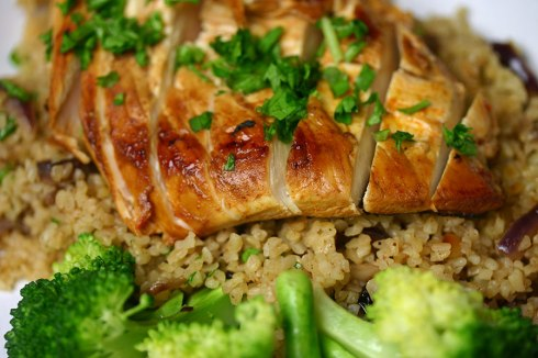 Harissa chicken with bulgur wheat pilaf