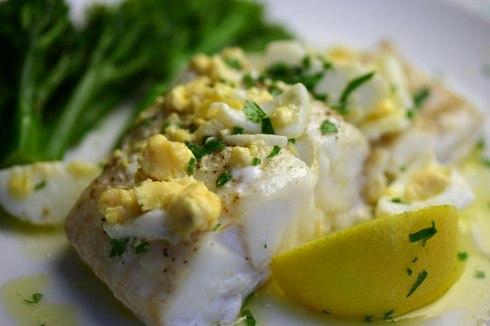 Cod with egg-butter sauce