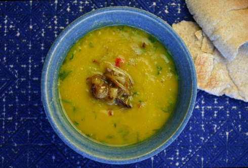 Lentil squash soup with turmeric