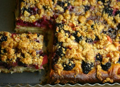 Blackberry-apple kuchen