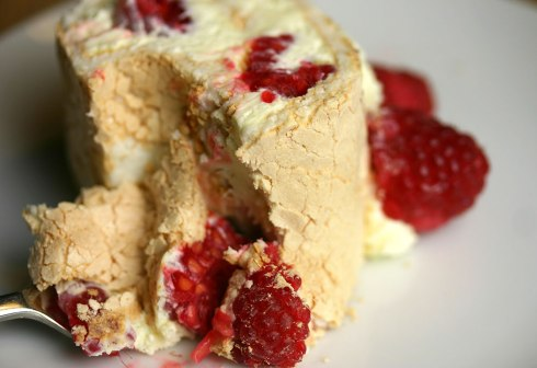 Raspberry meringue roulade