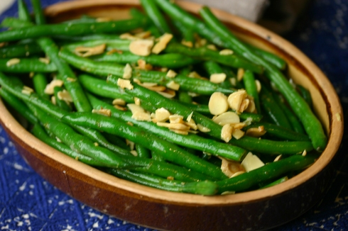 green beans with toasted almonds and lime