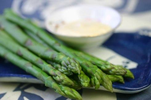 asparagus with wasabi mayonnaise