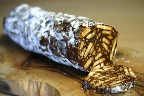 Salame de chocolate (Portuguese chocolate salami)