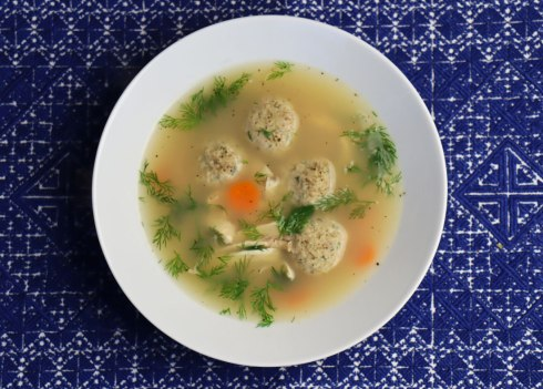 chicken soup with kneidlach